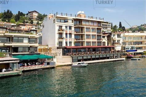 Absolute waterfront apartment in Bebek Istanbul - Property