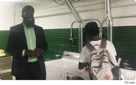 New Jersey HS Principal Installs Laundry Room for Kids Who