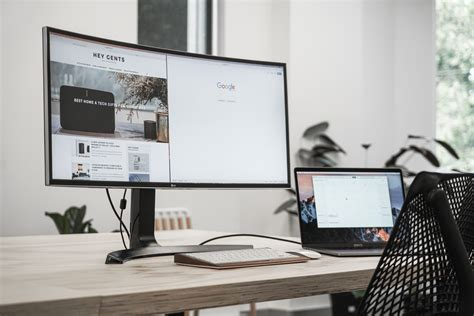 LG Curved UltraWide Monitor Review | Super Smooth and